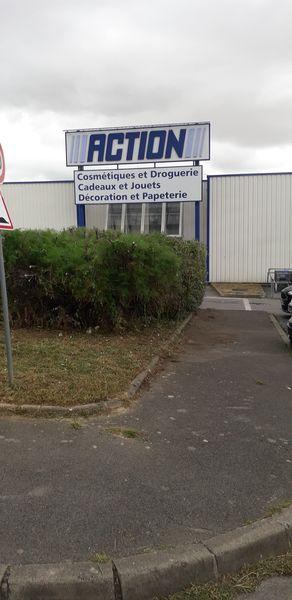 Élagage haie magasin Action | Nanteuil-Les-Meaux 77